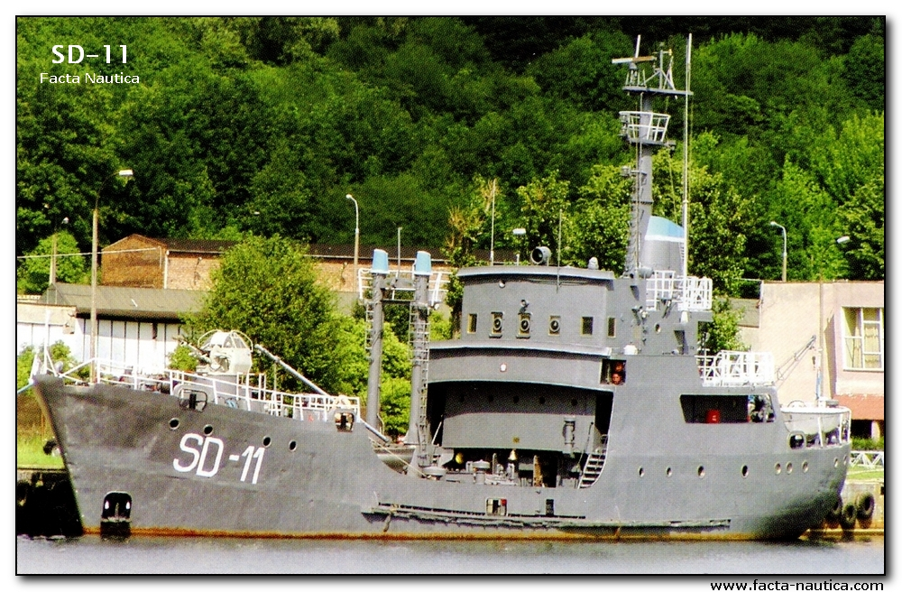 SD_11 -Polish Navy, degaussing vessel