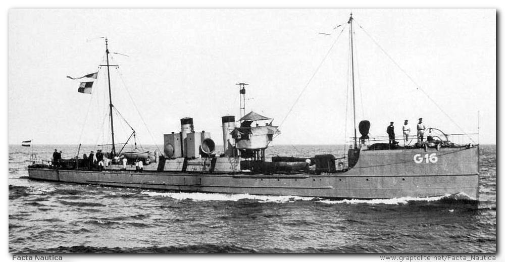 The Dutch torpedoboat G 16.